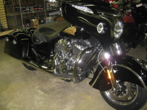 2016-preowned-indian-chieftain-black