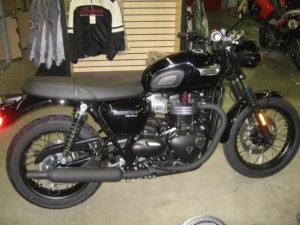 triumph-t100-black-t87613-002