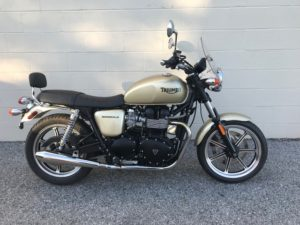 2012-bonneville-used-gold